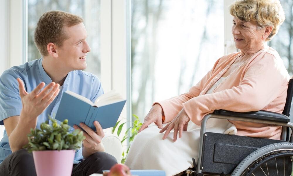 介護士の給料は男女別・年齢別でどのくらい変わってくるの?