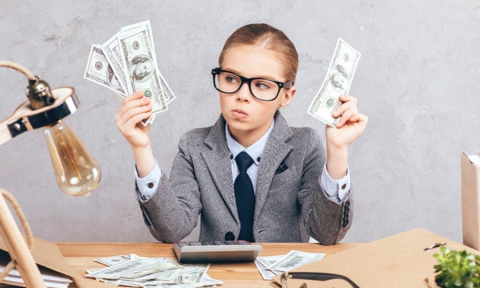 【2020年最新】介護士の給料はいくら?気になる給料を徹底解説!