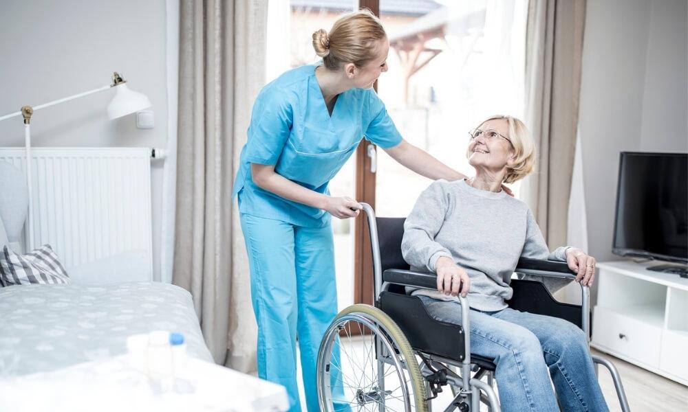 特別養護老人ホームの1日のスケジュール