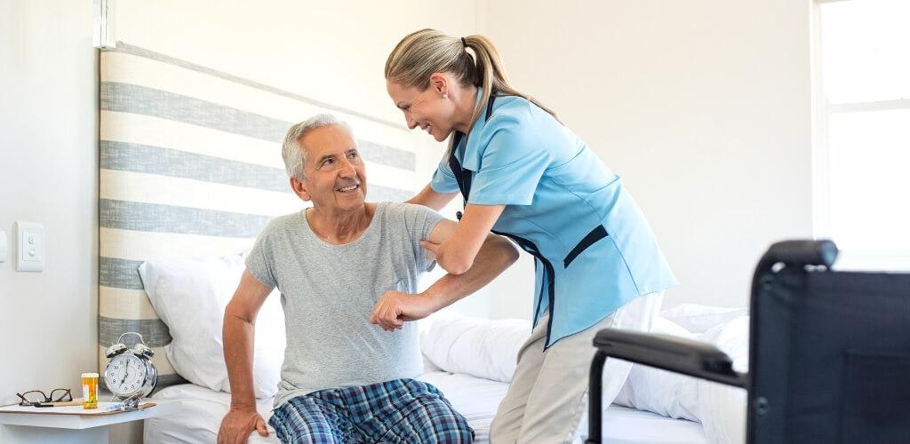 介護業界未経験者の職場選びのポイントまとめ