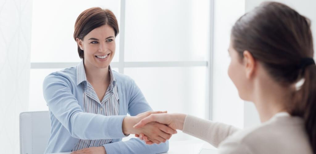 「介護未経験者」職場選びのポイント3介護転職サイトを利用する